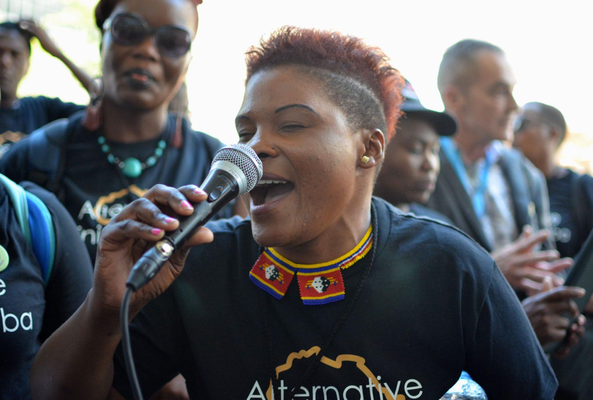 Singer at Alternative Mining Indaba. Photos: Mark Olalde