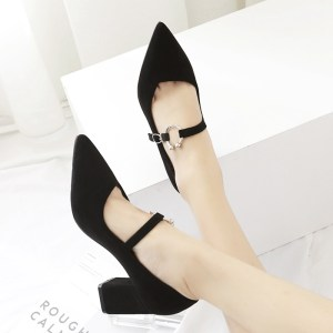 2020 new Korean version of rough heel lady high heel shoes metal clasp women single shoes autumn and winter women shoes
