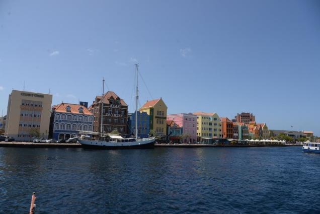 2 willemstad-a-curacao