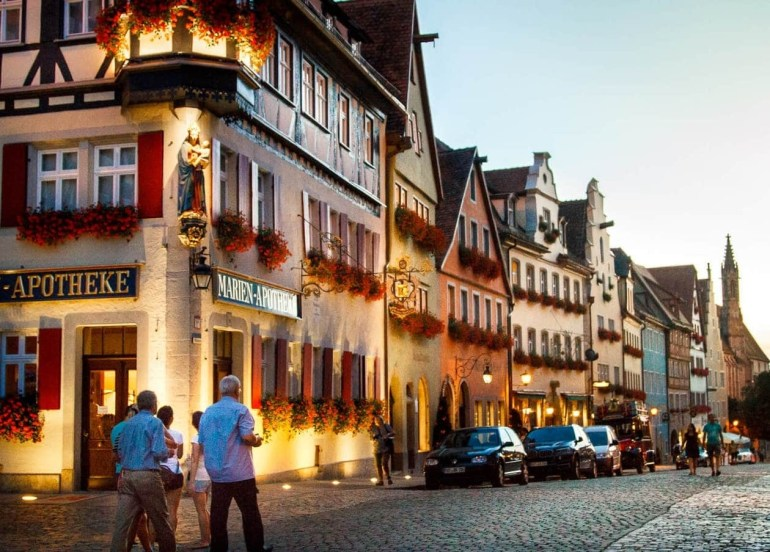 The Romantic Road Germany Travel Guide // Tips, Maps & Itinerary • within Romantic Road Germany Map