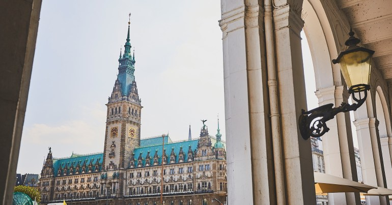 Top 10 Sights In Hamburg - Discover Now!   Hamburg Tourismus throughout Hamburg Germany Attractions Map