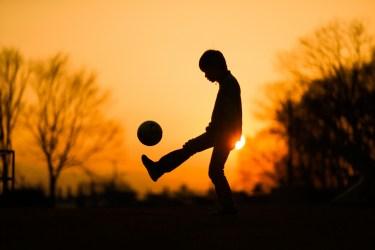 サッカーのストレッチ。子供の為にできる事と超簡単なストレッチ