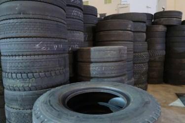 車のタイヤのパンク修理後、タイヤの寿命は?パンク修理について