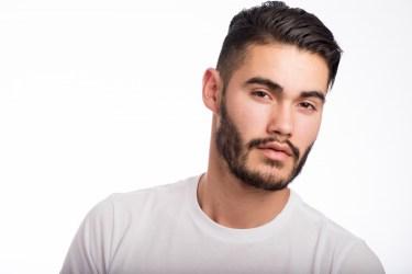 ツーブロックは短髪で!20代メンズに似合う髪型をご紹介します