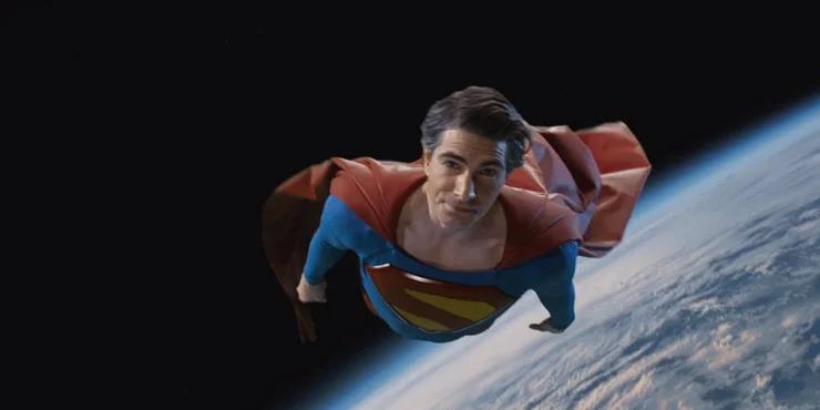 Superman Brandon Routh Crisis on Infinite Earths referencias