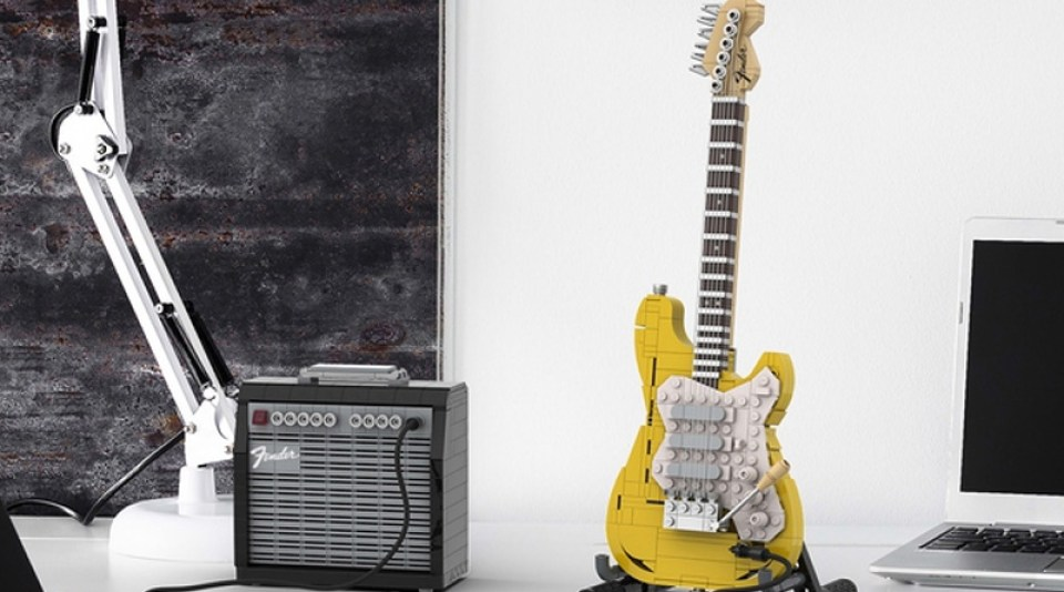 LEGO lanzará un set de la Fender Stratocaster para sacar tu lado más rockero