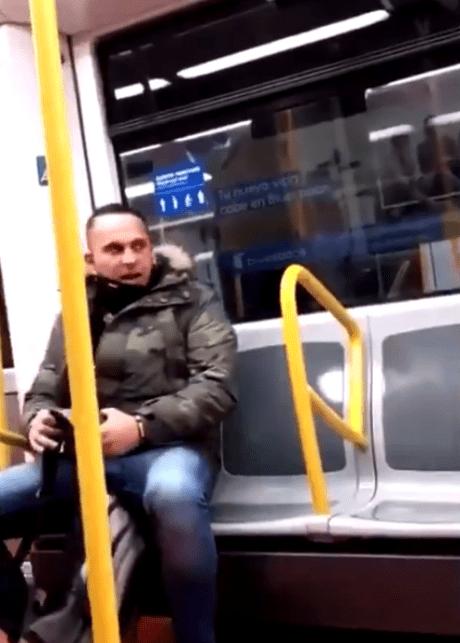 """""""¿Crees que eres algo en mi país?"""": Captan una nueva agresión racista en el metro de Madrid"""