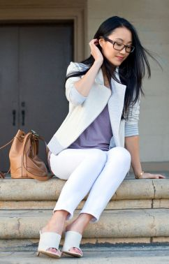 white-jeans-with-mules