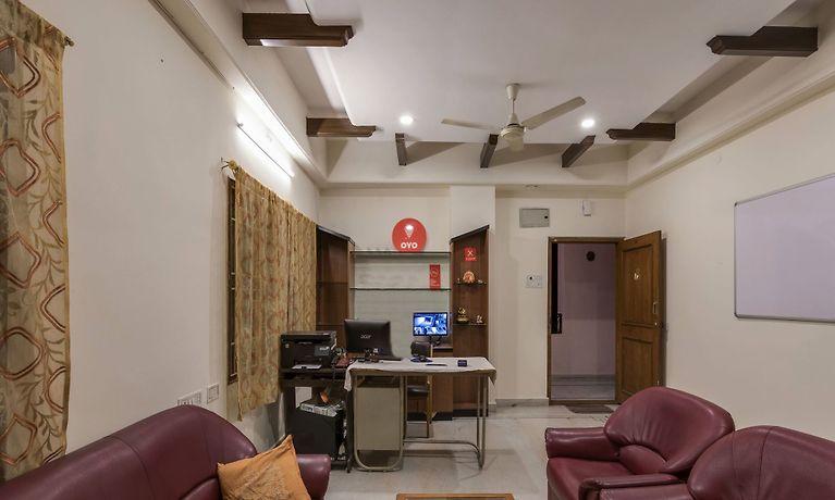 Oyo 1074 Apartment Banjara Hills Hyderabad