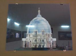 Comparaison de la basilique avec Notre-Dame de Paris