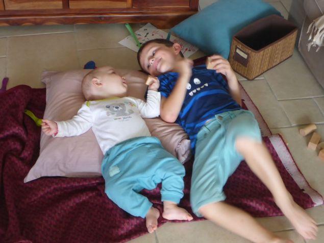 Clovis fait connaissance avec son cousin Amory