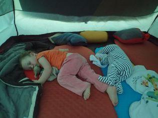 Ouf ! ils dorment...
