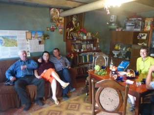 Nona et sa famille   Nona and her family