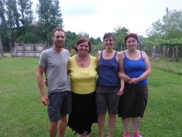 Nunu et sa famille | Nunu and her family