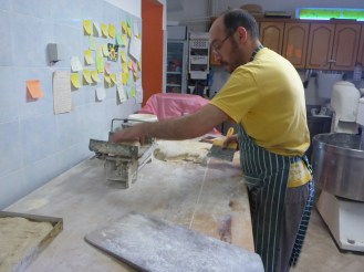 Kostas le boulanger | Kostas the baker