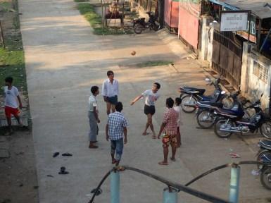 Bago : Joueurs de chinlon | Chinlon players