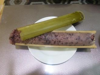Riz cuit dans du bambou | Bamboo rice