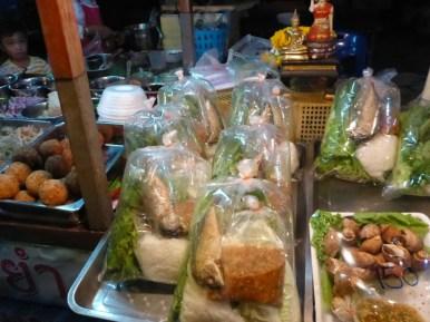 Ayutthaya : marché de nuit | night market