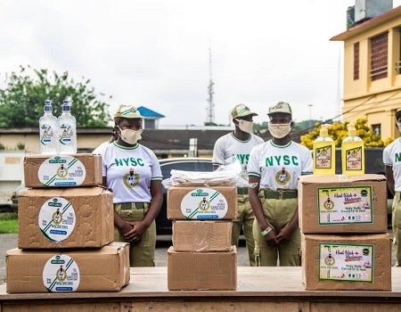 Corpers Donate Sanitizers Face Masks To Govt ...