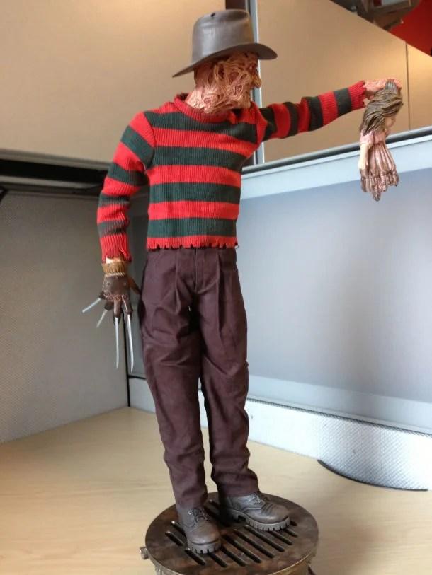 A Nightmare on My Desk Sideshows Freddy Krueger Premium