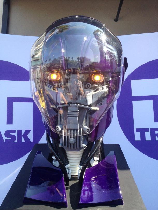 ComicCon Heres Your First Look at the Sentinels from XMen Days of Future Past  IGN