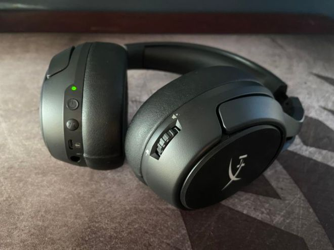 HyperX_Cloud_Flight_S_controls-720x540 HyperX Cloud Flight S Gaming Headset Review | IGN