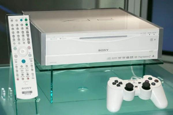 PSX The Evolution of PlayStation Hardware   IGN