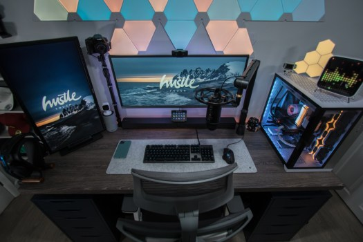 Prepare for battle! The essential gear for any top gaming and streaming station 10