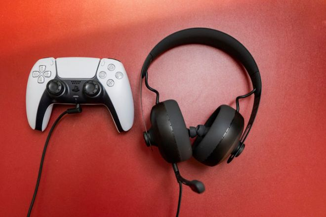 P1016002-720x480 Nuraphone Gaming Headset Review | IGN