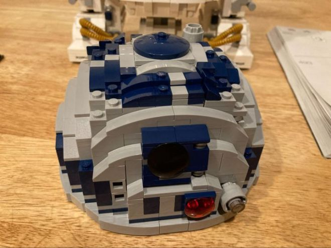 2-720x540 We Build the LEGO R2-D2, a Challenging Build with an Adorable Result | IGN
