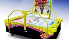 PacMan Air Hockey
