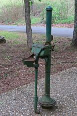 Old water fountain at Iron Mt. (no water)