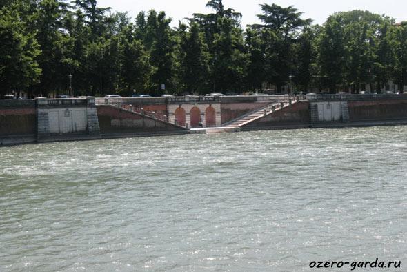 фото реки в Вероне