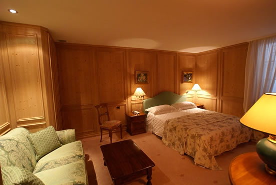 Вилла в аренду озеро Гарда Италия спальня фото
