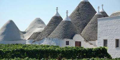 puglia apulia Italy trulli house