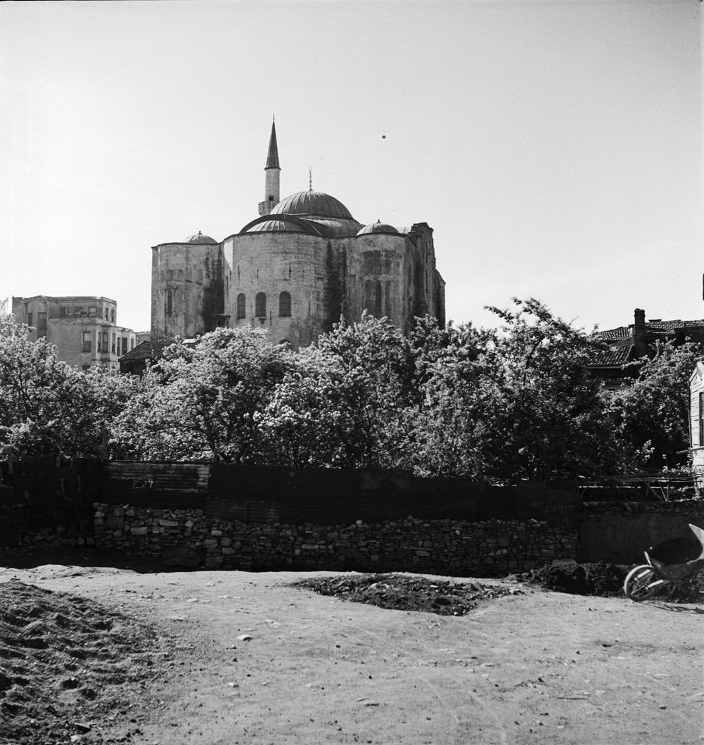 Τέμενος Γκιουλ,Αγία Θεοδοσία, Moschea Gül