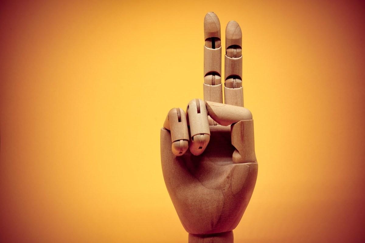 Eller, Dünyanın Farklı Ülkelerinde El İşaretleri ve Anlamları