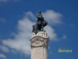 http://www.golisbon.com/sight-seeing/pombal-square.html