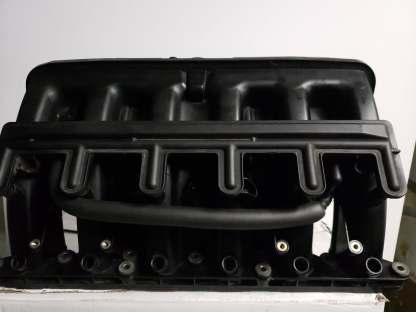 99-00 BMW E39 E46 - 323i 323ci 328i 528i Z3 INTAKE MANIFOLD 1438140 1 438 140