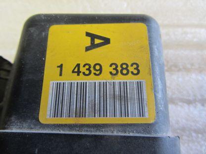 98-01 BMW e39 e46 323i 328i 528i Z3 Throttle Body 1 439 383 Yellow A Label