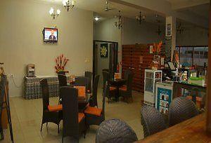 Hotel Ramada Suites By Wyndham Wailoaloa Beach Fiji Nadi 4