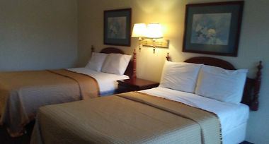 Hotel Knights Inn And Suites Havelock Nc 2 United States