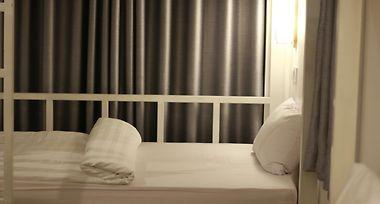 Hotel Damnak Riverside Bunk Bed Hostel Bar Siem Reap 2