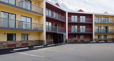 Hotel Quality Inn Suites Worcester Ma 2 United States
