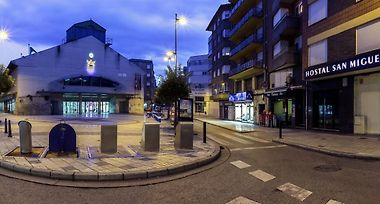Hotel Hostal San Miguel Ponferrada Spain From Us 44