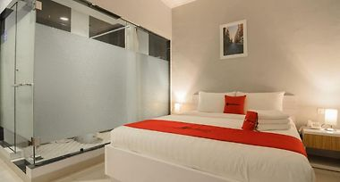 Hotel Reddoorz Plus Near Soekarno Hatta Airport 2 Tangerang