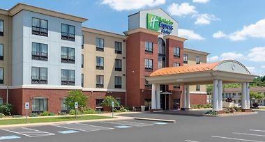 Holiday Inn Express Hotel Suites New Philadelphia Oh 2