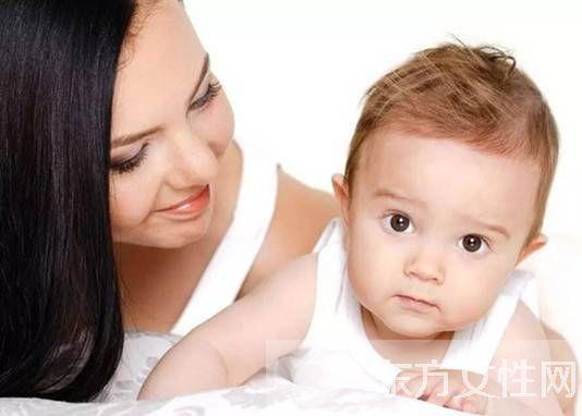五個月寶寶吃奶量 幾招教你如何知道寶寶吃飽沒 - 家有寶寶網