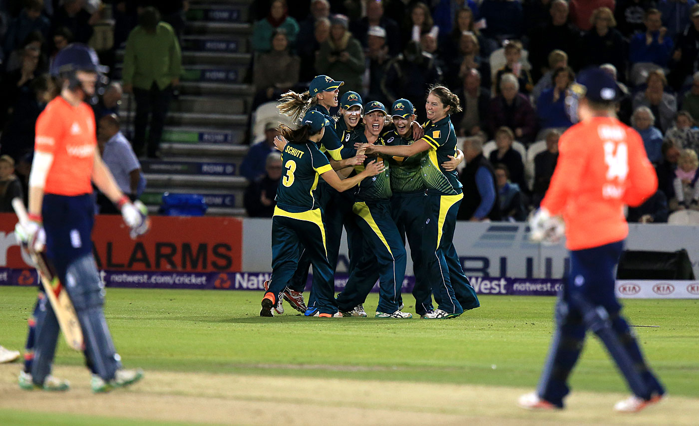 Joy at Hove: in 2015, Australia took the women's Ashes in England for the first time since 2001