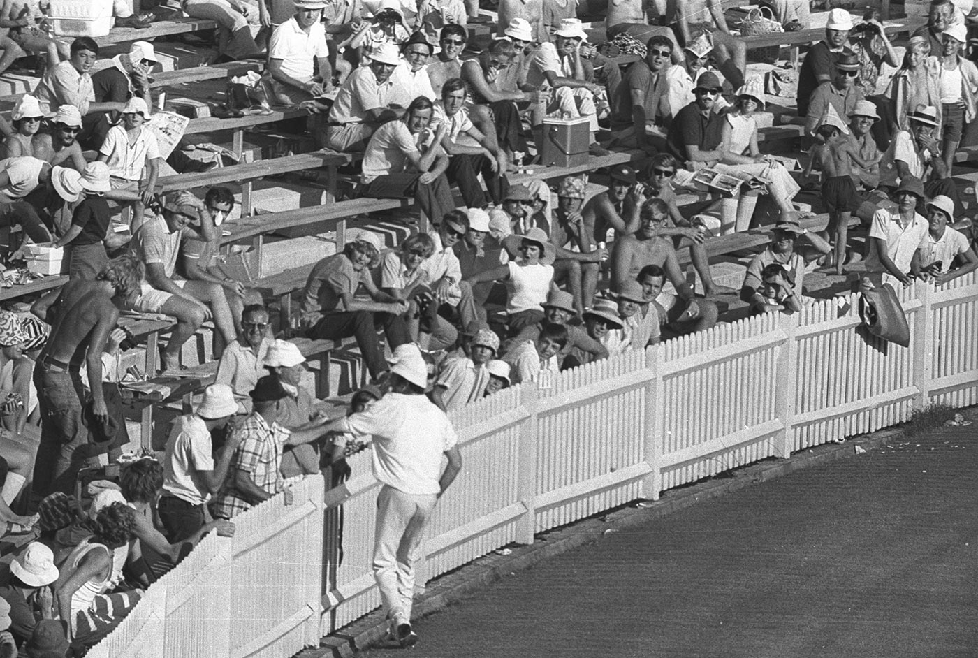 John Snow being manhandled by fans on the boundary was an early milestone in Australian crowds turning aggressive